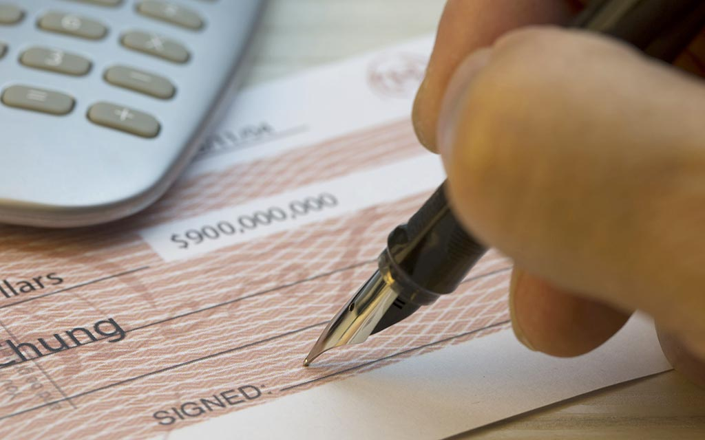 perizia grafologica firma falsa assegno